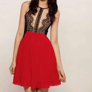 Smooch Love Affair Lace Dress In Red