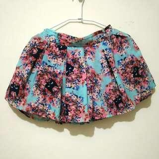 花花貓藍色褲裙
