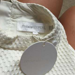 Finders Keepers Label Top