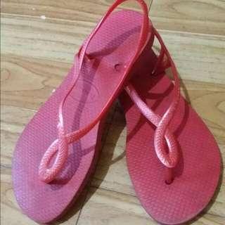 Original Preloved Havaianas Luna Sandals