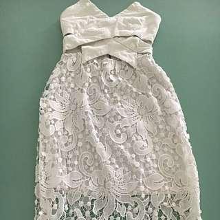 Ladies White Crochet Lace Strapless Dress