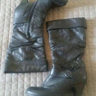 Leather Boots (Sz 7)