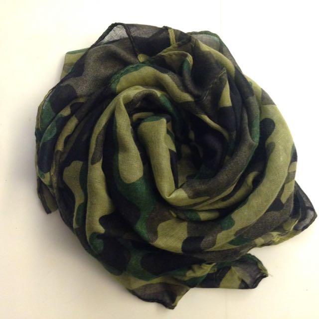 歐美休閒軍風圍巾