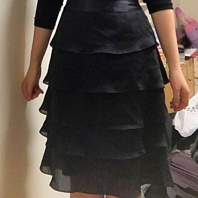 絲緞面波浪及膝裙