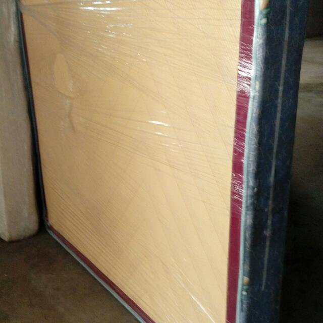 百貨公司展示櫃系列含固定玻璃板舖
