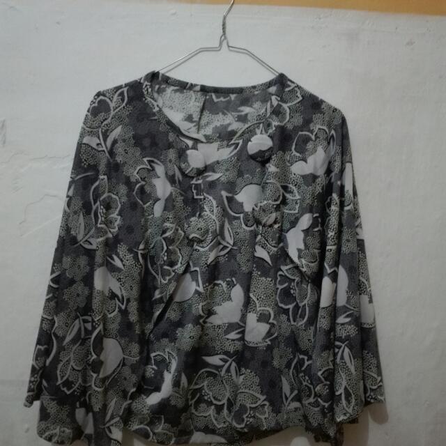 Baju Kelelawar