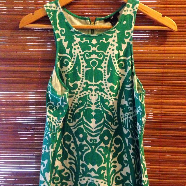 dress motif batik H&M