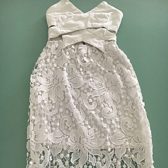 Ladies White Crochet Lace Strapless Dress