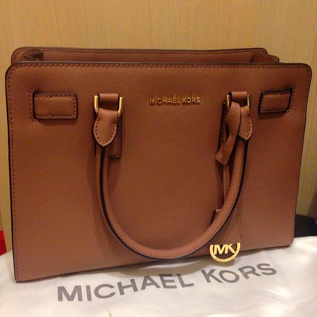 Michael Kors 玫紅色 側背手拿包包