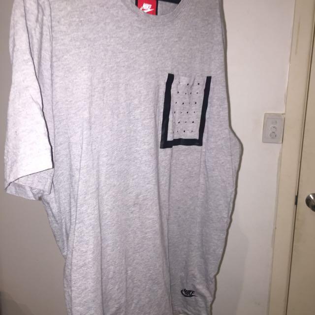 Nike Size L