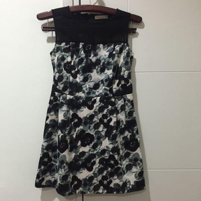 NYLA FLOWERY DRESS