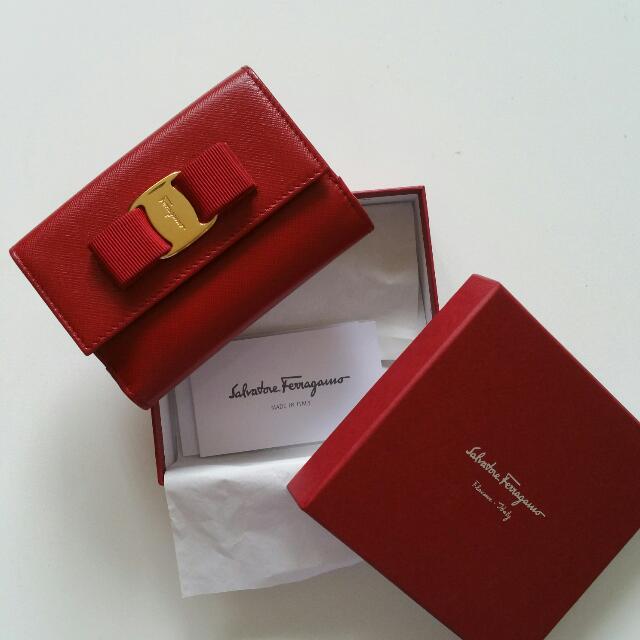 Preloved Authentic Salvatore Ferragamo Short Wallet - Red