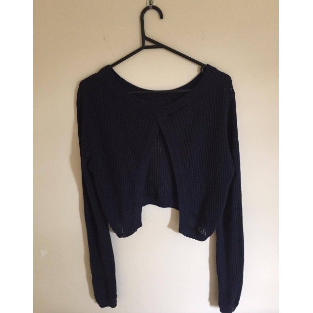 Subtitled Long Sleeve Navy Knitted Crop