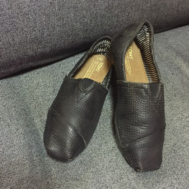 TOMS Pure Leather