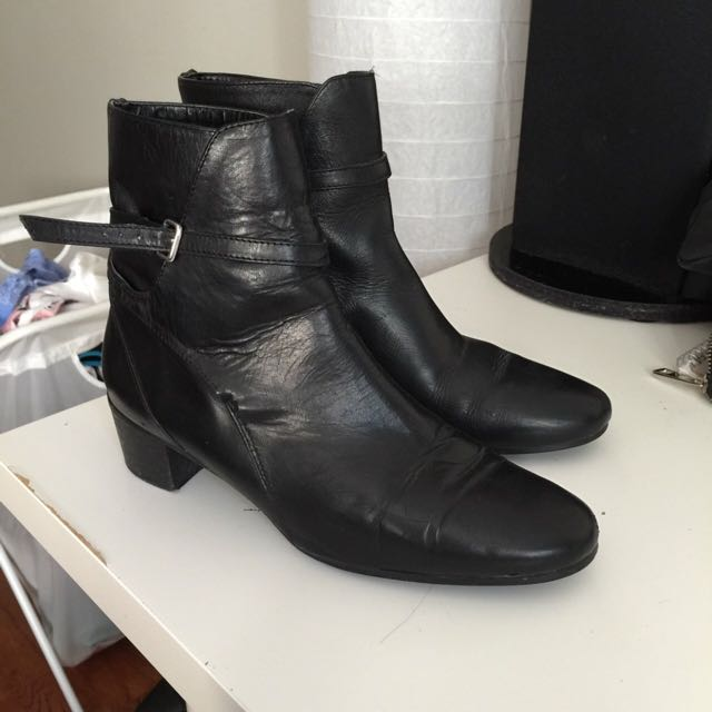 ZARA GENUINE LEATHER ANKLE BOOT