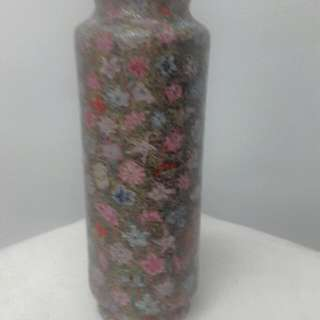 Vintage Printed Porcelain Vase For Only P600!