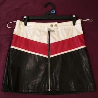Ladies Leather Mini Skirt (size 14)