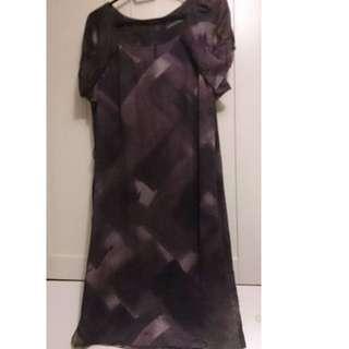 Sportscraft size 12 100% silk dress with lining but no belt