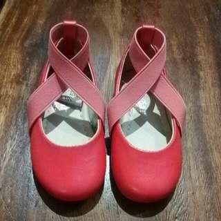 Sugar Kids pink cross sandals
