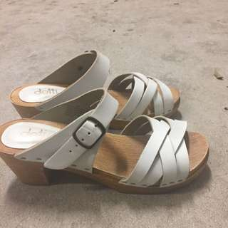 Dotti Shoes