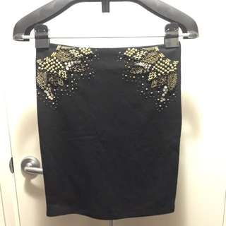 Bardot Size 8 Embellish skirt