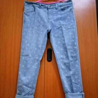 Skinny Jeans Fit L Besar