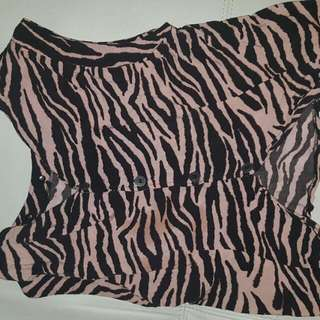 Worn Once Osmosis Top