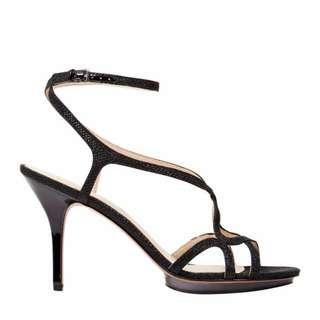 Nine West Maire black sandal size 6