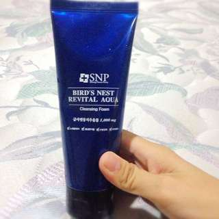 SNP洗面乳
