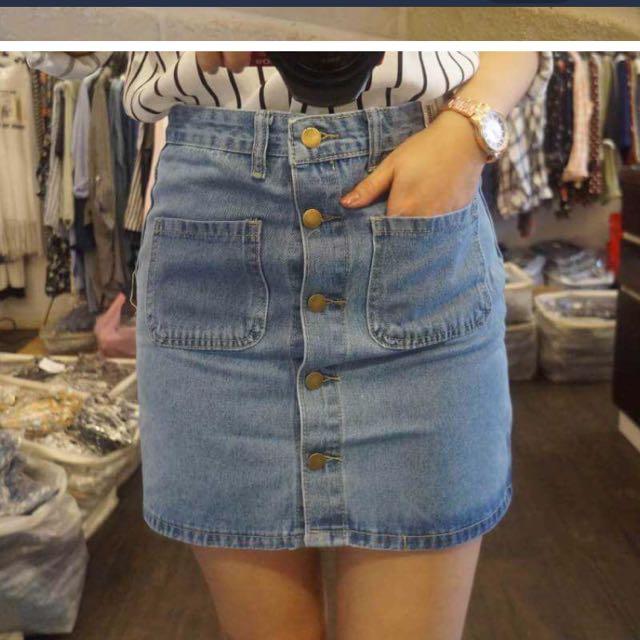 ✈️韓版限定款~含郵!高腰排釦彈性牛仔窄裙