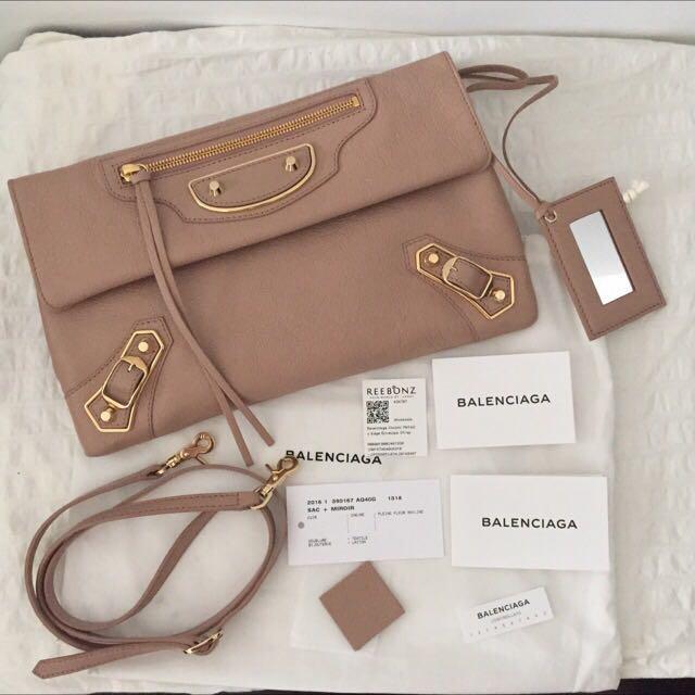 9f65033d1ef7 Authentic Balenciaga Classic Metallic Edge Envelope Strap Clutch ...
