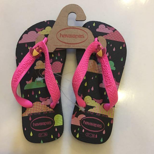 7f5ded696b8 Bnwt Havaianas Girls Black Pink Cloud Rain Slippers Flip Flops ...