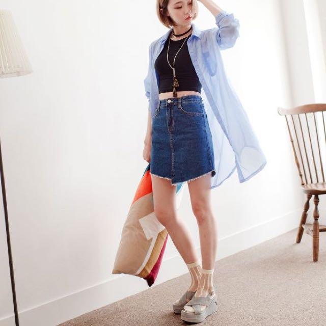 CHI x KOREA不規則毛邊剪裁牛仔短裙