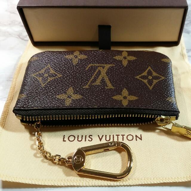 8f47be38c533 BNIB Louis Vuitton Key Pouch Monogram Canvas M62650