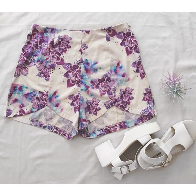 Sabo Skirt (size 12)- Purple Floral Shorts