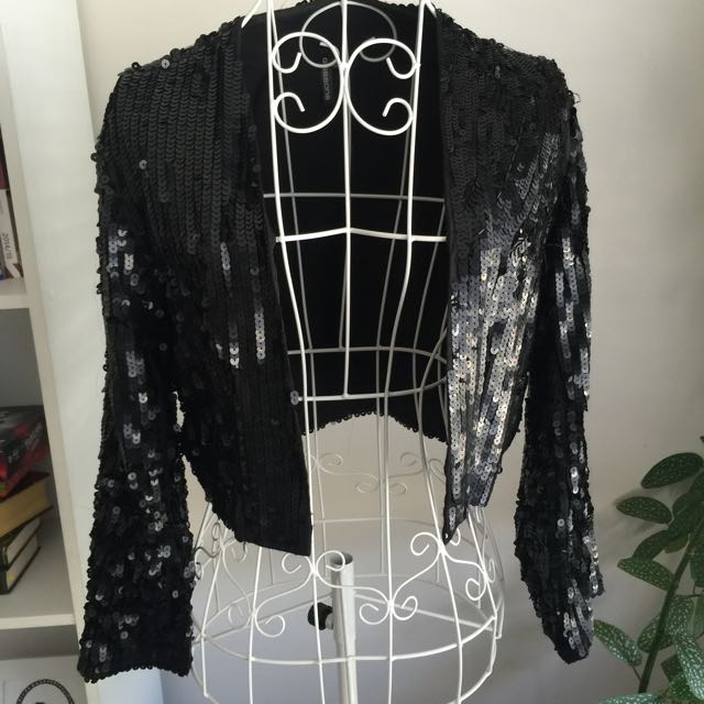 Sequin crop jacket size Small (8/10)