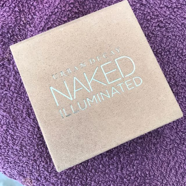 Urban decay Naked Illuminating Powder
