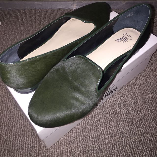 Wittner Olive Pony Hair Shoes size 9