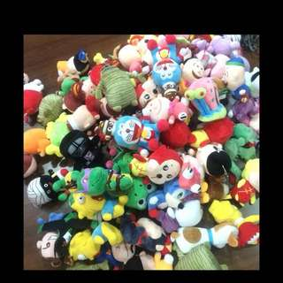 Character plushed Toys