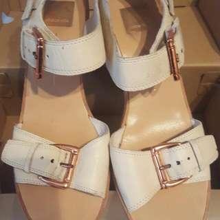 Dolce Vita White Heels Buckles