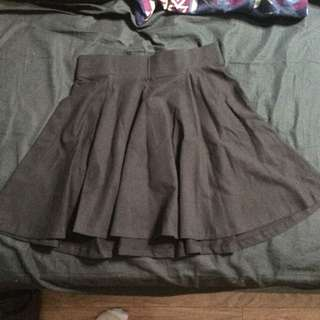 NEW H&M Small Black Skater Skirt