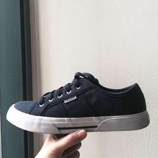 Sepatu Kappa