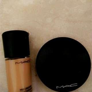Mac Pro Long Wear Foundation NC30 Mac Mineralize Skin finish natural Medium Darn