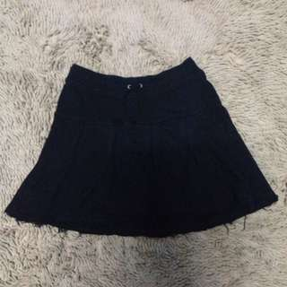 Black Simple Skirt