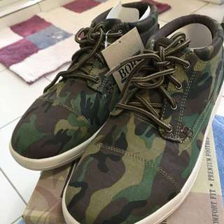 SKETCHERS BOB ARMY CANVAS SIZE 8 SNEAKERS