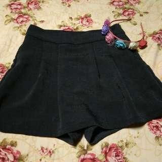 Gray skort (Skirt+shorts)