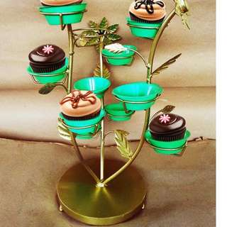 Daisy Cupcake Stand