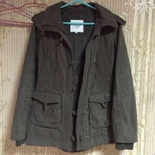 🚚 L&F 軍綠色 連帽毛毛大衣外套