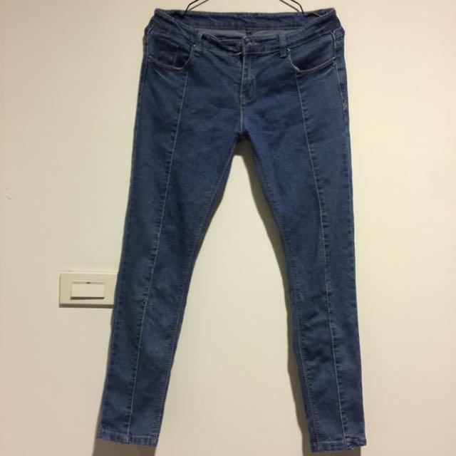 深藍九分貼身牛仔褲
