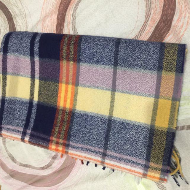 彩色格圍巾